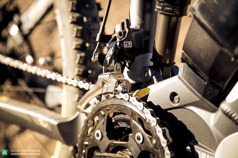 2x10 Gänge: Der Yamaha Motor erlaubt die Montage eines 2-fach Kettenblatts, was eine marginal breitere Gangbreite als ein 1x11-Setup bereitstellen soll.