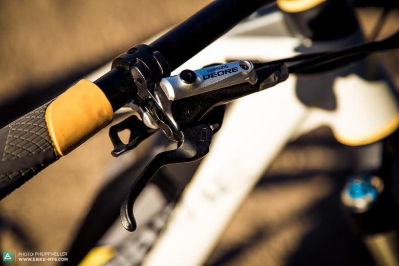 Die Shimano Deore-Bremsen sowie der Shimano-XT-Antrieb bietet eine sehr zuverlässige Performance.