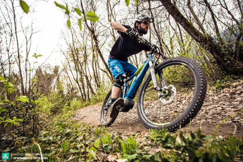 Egal ob bergauf oder bergab, E-Mountainbikes bieten maximalen Fahrspaß in jeder Lebenslage!