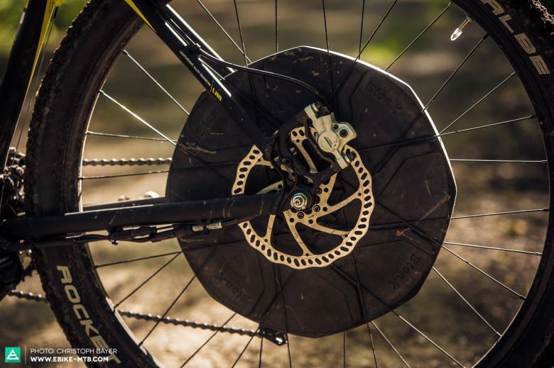 Größtes Problem bei Rädern mit Heckantrieb ist die ungleiche Gewichtsverteilung aufgrund des Motors im Hinterrad.